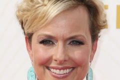 Curly short haircut - melora hardin blonde hairstyle